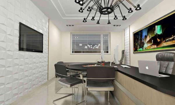 дизайн интерьера офисов в Минске, современный офис с телевизором, двухуровневым потолком, декоративными гипсовыми 3д панелями под окраску, картина с ночным городом в офисе